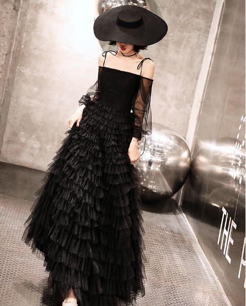 ชุดราตรียาว สีดำ